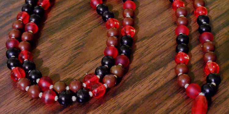 Japa Mala Prayer Beads - Image: © Briana Blair