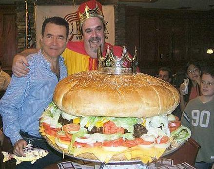 Giant Hamburger - Image: Public Domain, Wikimedia Commons