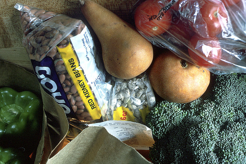 Groceries Food Vegetables - Image: Public Domain, Wikimedia Commons