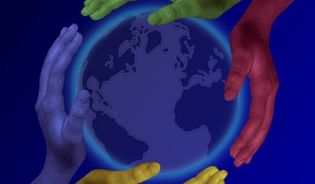 Hands Earth Helping World - Image: Public Domain, Pixabay