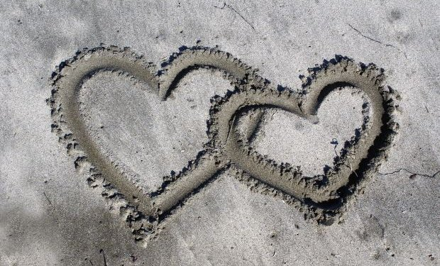Hearts Sand Love