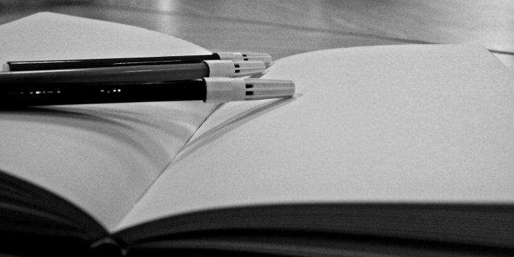 Pens Paper Writing - Image: Public Domain, Pixabay