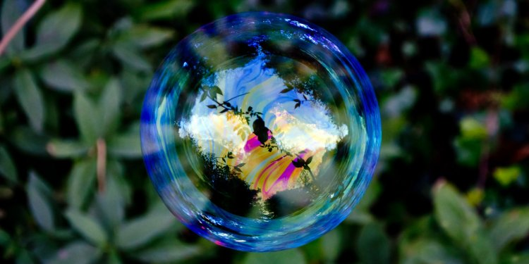 Random Bubble - Image: Public Domain, Pixabay