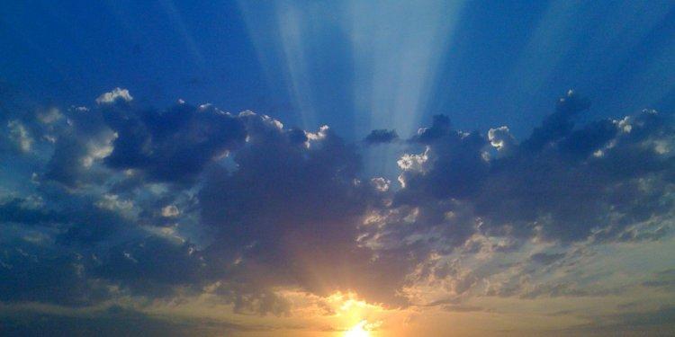 Random Sun Sky Clouds Image: Public Domain, Pixabay