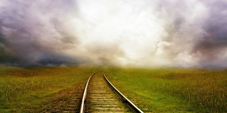 Storm Railroad Tracks Train Clouds Sky - Image: Public Domain, Pixabay