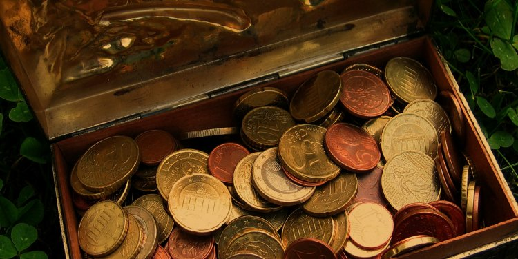Treasure Chest Money Gold Coins - Image: Public Domain, Pixabay