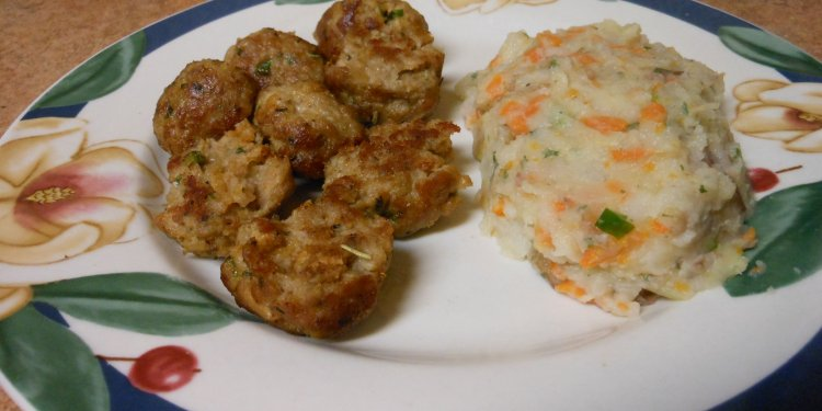 Turkey Meatballs vegetable Mash Food - Image: © Briana Blair