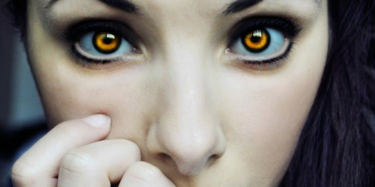 Vampire Woman - Image: Public Domain, Pixabay