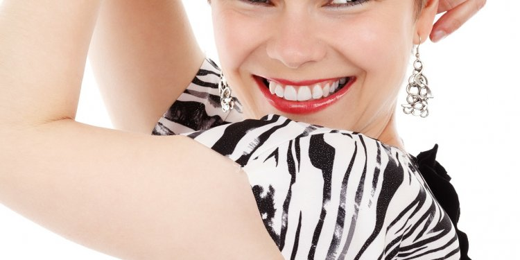 Woman Smile Happy - Image: Public Domain Pixabay