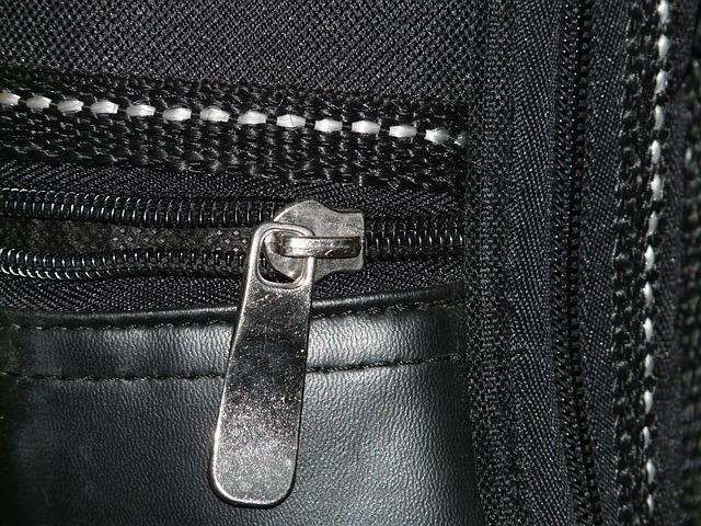 Zipper - Image: Public Domain, Morguefile