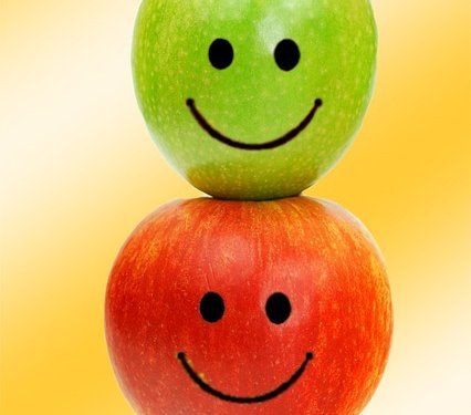 Apples Fruit Smiling - Image: Public Domain, Pixabay