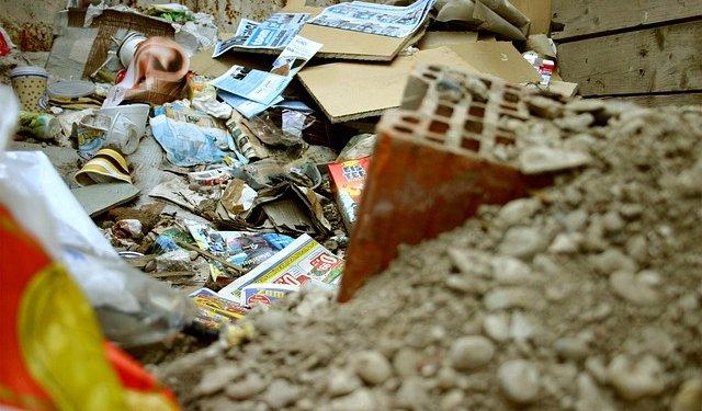 Trash Garbage - Image: Public Domain, Pixabay