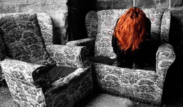 Woman Depressed Monochrome Crying - Image: Public Domain, Pixabay