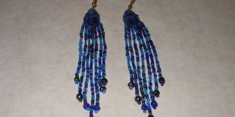 Blue Bugle Beaded Earrings - Image: © Briana Blair
