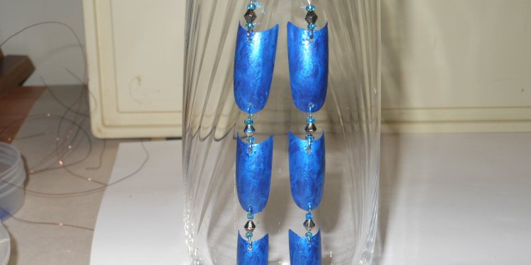 Blue Dragon Scale Earrings - Image: © Briana Blair
