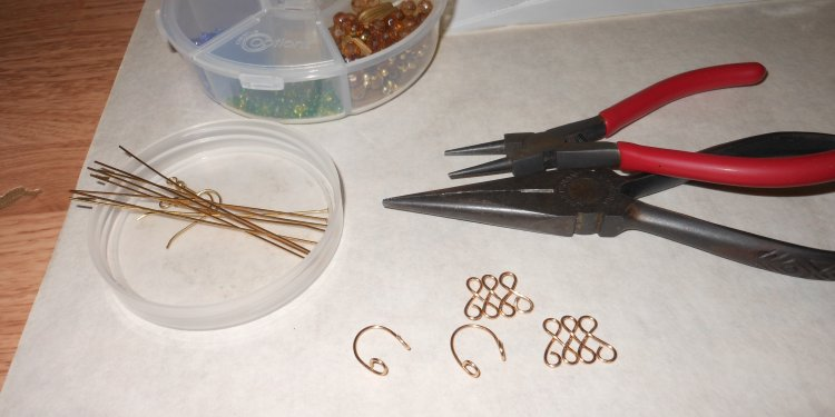 Formed Wire Lampshade Bead Earrings WIP 3 - Image: © Briana Blair