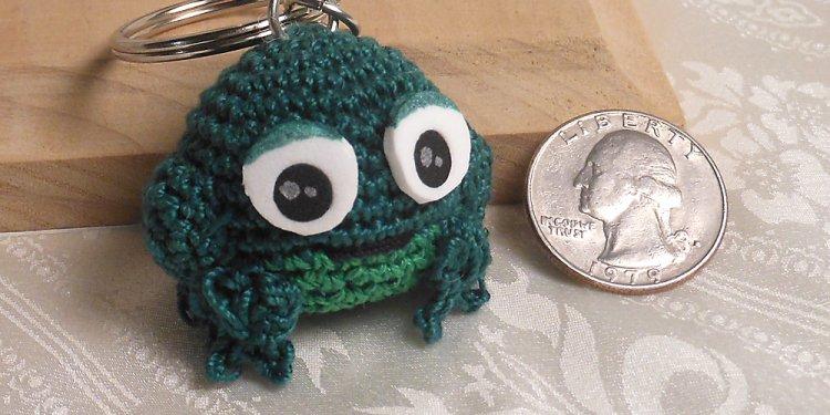 Amigurumi Frog - Image: © Briana Blair