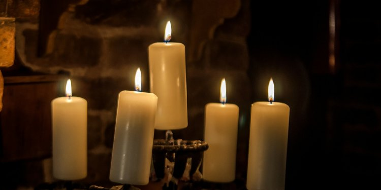 Candles Medieval - Image: Public Domain, Pixabay