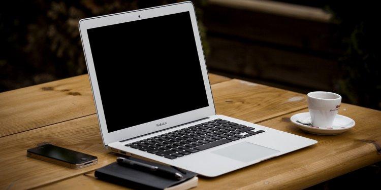 Laptop Computer Work Writing - Image: Public Domain, Pixabay