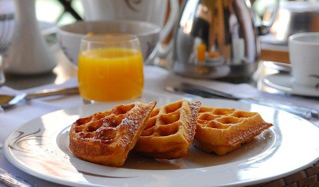 Breakfast Food Waffle Juice - Image: Public Domain, Pixabay
