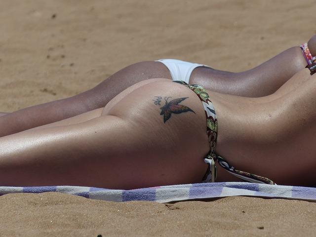 Butt Bikini Women Beach Skin - Image: Public Domain, Pixabay