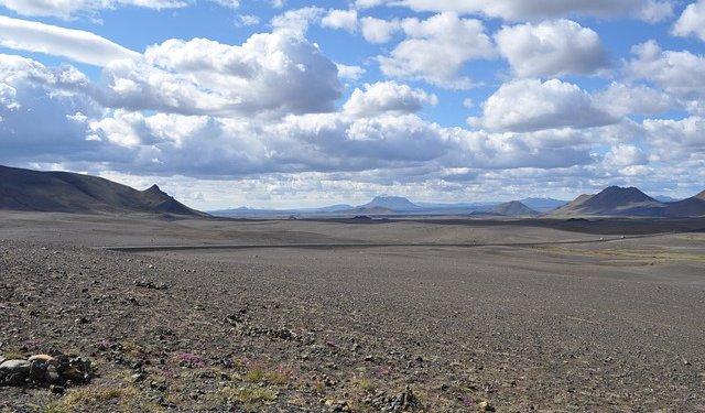 iceland wasteland desert
