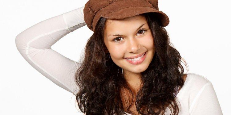 Woman Happy Hair Curls - Image: Public Domain, Pixabay