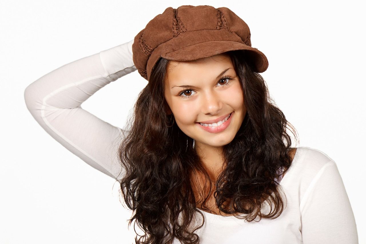 It Can Not Be Said That The Fashion For Curls Has Had Ever Left Us Curly S Look Younger This Is An Indisble Fact We Know A Lot Of Examples When