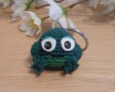 Amigurumi Kawaii Frog Amphibian Green Cute Crocheted Keychain