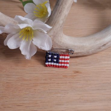 Beaded Pin Red White Blue American Flag Safety Pin Bead