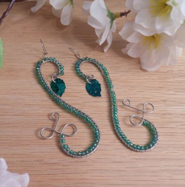 Elven Style Steel Wire Earrings Green Leaf Accent Kidney Wire