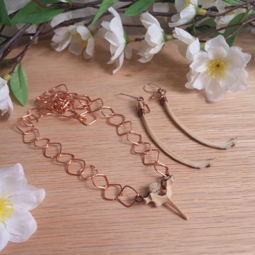 Necklace Earrings Set Formed Wire Copper Chain Groundhog Bones Marmota Momax