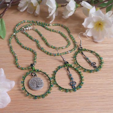 Necklace Earrings Set Green Wire Weave Beads Tree of Life Pendant Earthy Goddess
