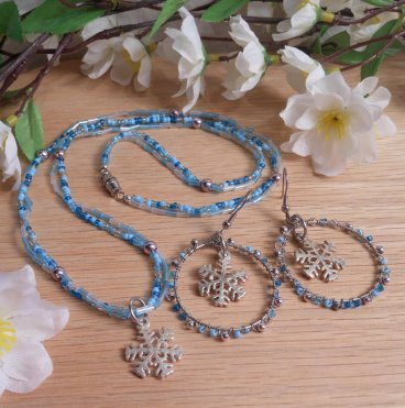 Necklace Earrings Set Wire Weave Beads Snowflake Icy Colors Frozen Blue and Silver