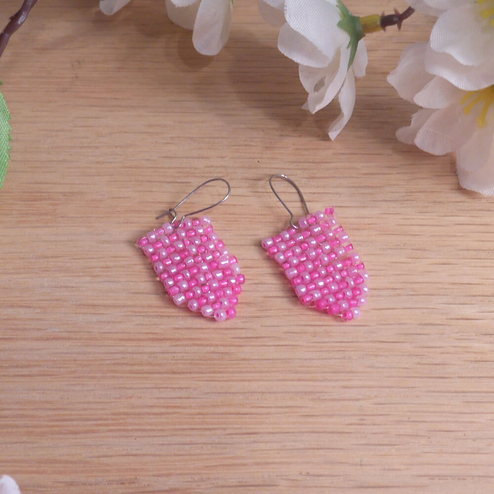 Woven Bead Earrings two Shades of Pink