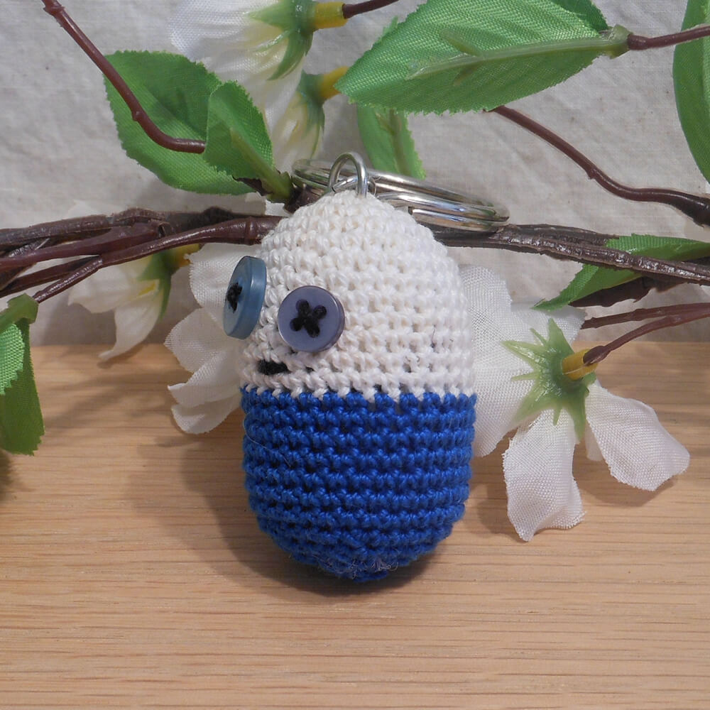 Amigurumi Kawaii Pill Medicine Funny Blue and White Cute Crocheted Keychain side