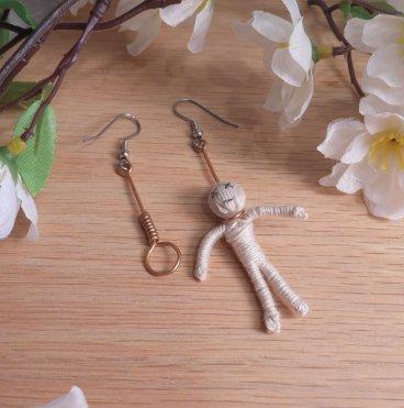 Copper Earrings Wire Hanging Man Noose Hangman Halloween Creepy Shepherd Hook Earwire
