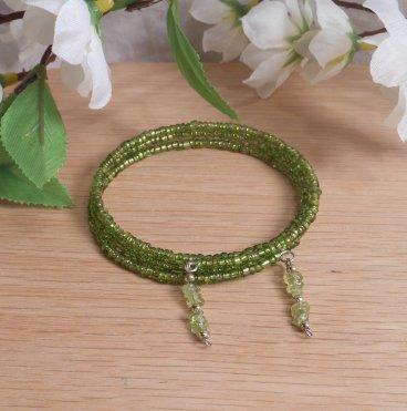 Bracelet Peridot Gemstone Dangle Glass Bead Adjustable Memory Wire