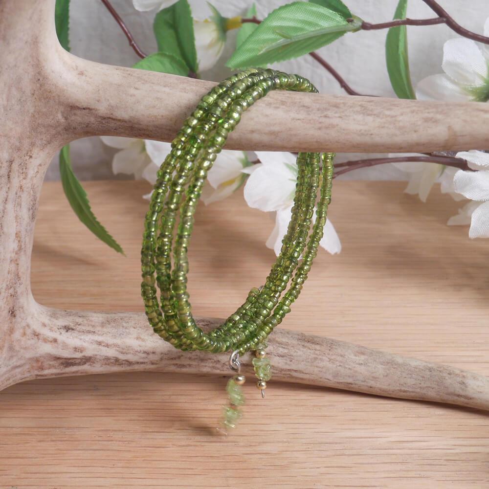 Bracelet Peridot Gemstone Dangle Glass Bead Adjustable Memory Wire hanging
