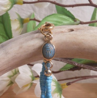 Bracelet Scarab Three Strand Braided Beads Turquoise close