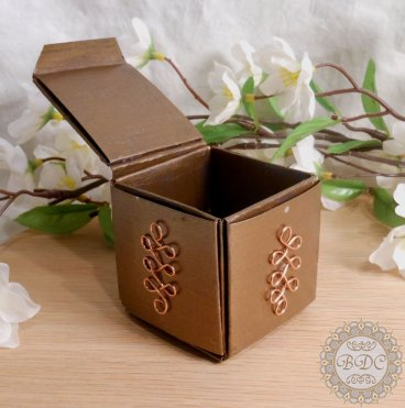 Gold Upcycled Paper Trinket Box open