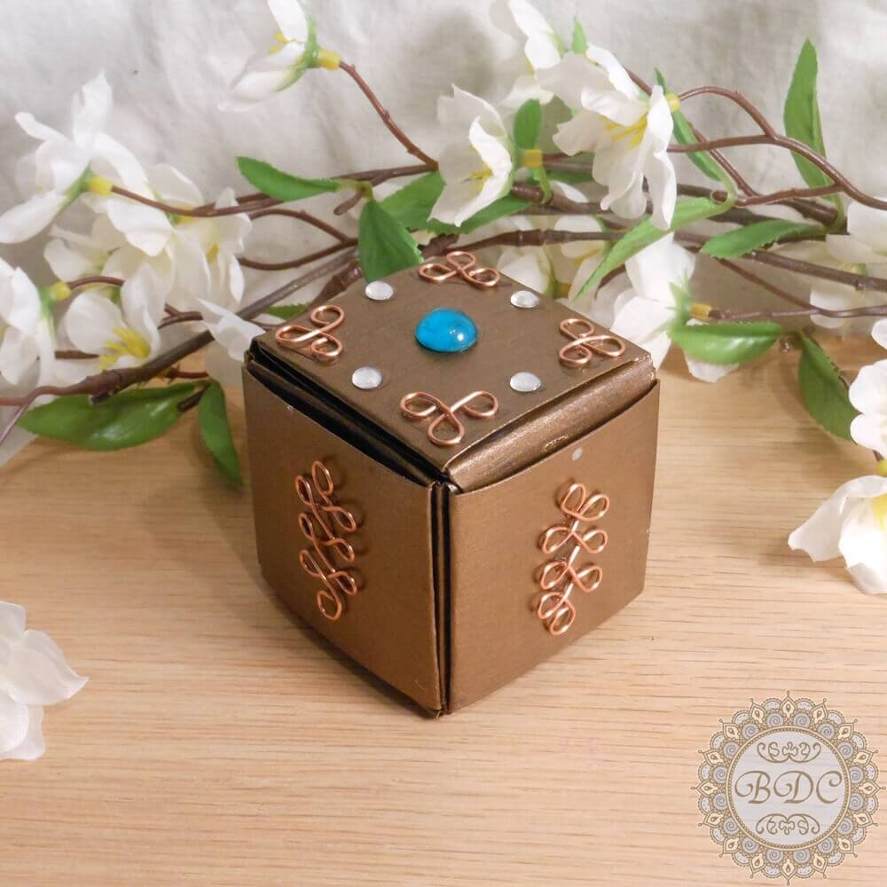 Gold Upcycled Paper Trinket Box